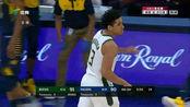 NBA:字母哥遭遇包夹,回给布罗格登,突破罚球线起飞抛投!