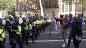 伦敦又爆发大规模游行,示威者与警方发生冲突