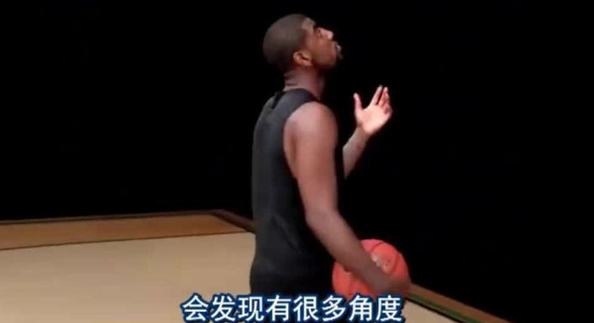 欧文技巧教学之旋转球上篮 防守者无法封盖