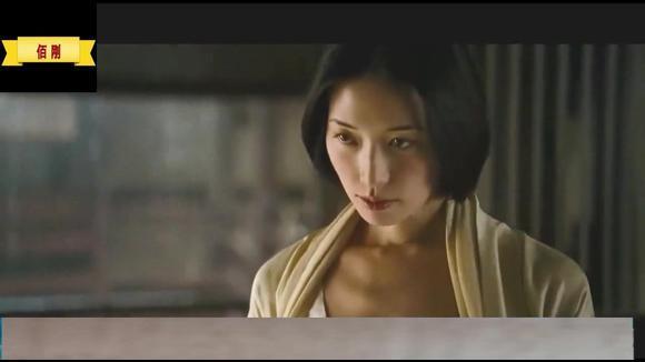 赤壁这部电影里的精彩片段,朝伟志玲精彩演技