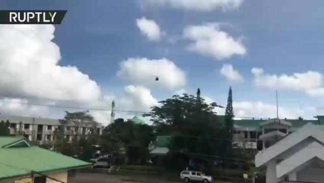 菲律宾马拉维,菲空军对地面目标展开轰炸,该地区信息比较...